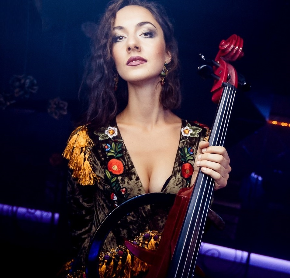 cello girl in night club